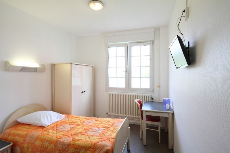 photo d'une chambre de la Clinique le Ryonval
